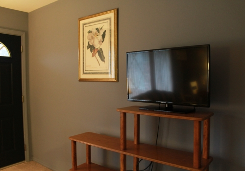 Urbane30 on Crooks :: 4010 Devon <--FULLY FURNISHED/SHORT TERM!!